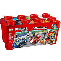 Lego Juniors: Versenyaut� rally